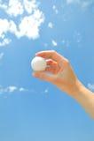 Bola en la mano Imagen de archivo libre de regalías