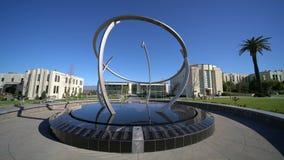 Bola grande del globo en Loma Linda University almacen de video