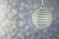 Bola hermosa de la Navidad del diamante Imagenes de archivo