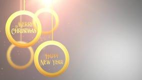 Bola móvil de oro de la chuchería que cae abajo blanco estacional festivo del placeholder de la celebración de la Feliz Año Nuevo almacen de metraje de vídeo