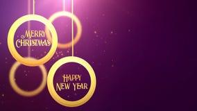 Bola móvil de oro de la chuchería que cae abajo púrpura estacional festiva del placeholder de la celebración de la Feliz Año Nuev almacen de metraje de vídeo