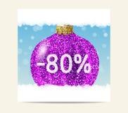 Bola púrpura de la Navidad del brillo para la venta de la Navidad Fotos de archivo libres de regalías