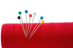 Bola roja de la cuerda de rosca del hilado Foto de archivo