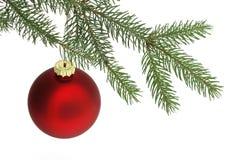 Bola roja de la Navidad Foto de archivo libre de regalías