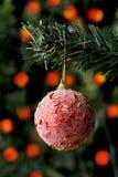 Bola roja de la Navidad Fotografía de archivo
