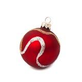 Bola roja de la Navidad aislada en Año Nuevo del fondo blanco Fotos de archivo libres de regalías