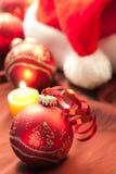 Bola roja de Navidad Imágenes de archivo libres de regalías