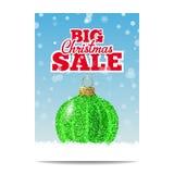Bola verde de la Navidad del brillo para la venta de la Navidad Imagen de archivo