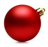 Bola vermelha sobre o branco, trajeto do Natal de grampeamento fotografia de stock royalty free