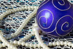 bola y perlas Fotografía de archivo libre de regalías