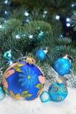 Bolas azules de la Navidad Fotografía de archivo libre de regalías