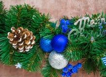 Bolas azules y de plata del Año Nuevo Fotos de archivo