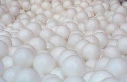Bolas brancas plásticas Fundo, textura Foto de Stock
