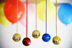 Bolas brilhantes do disco para o Natal Fotografia de Stock Royalty Free