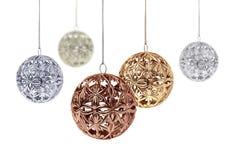 Bolas brillantes de la Navidad del metal Imagen de archivo libre de regalías