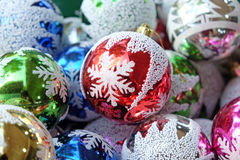 Bolas brillantes del árbol de navidad Imágenes de archivo libres de regalías
