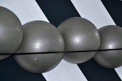 Bolas cinzentas grandes para esportes imagens de stock royalty free