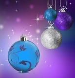 Bolas coloridas de la chuchería de la Navidad Foto de archivo libre de regalías
