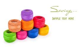 Bolas coloridas de la cuerda de rosca Fotografía de archivo libre de regalías
