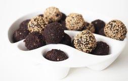 Bolas cruas do doce do vegetariano fotos de stock royalty free
