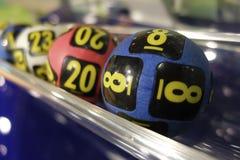 Bolas da loteria durante a extração Imagem de Stock