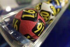 Bolas da loteria durante a extração Fotos de Stock