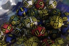 Bolas da loteria durante a extração Imagens de Stock