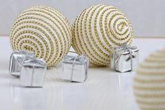 Bolas das decorações do Natal Fotos de Stock