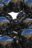 Bolas de acero de Anish Kapoor Imagen de archivo libre de regalías