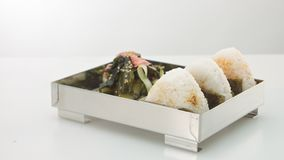 Bolas de arroz de Onigiri vídeos de arquivo