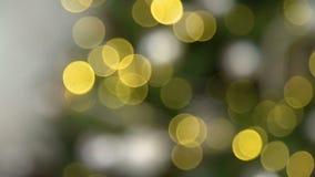 Bolas de Bokeh del árbol de navidad almacen de video