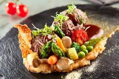 Bolas de carne del cordero con los purés de patata Fotografía de archivo libre de regalías