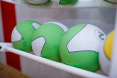 Bolas de goma del equipo de deportes Foto de archivo libre de regalías