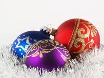 Bolas de la decoración del árbol de navidad imagen de archivo