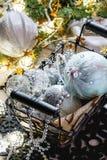 Bolas de la Navidad blanca Foto de archivo