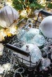 Bolas de la Navidad blanca Imagen de archivo libre de regalías