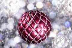 Bolas de la Navidad con la decoración Imagen de archivo