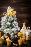 Bolas de la Navidad con las velas Foto de archivo libre de regalías