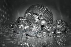 Bolas de la Navidad del espejo Imágenes de archivo libres de regalías