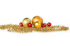 Bolas de la Navidad del oro en blanco Fotografía de archivo libre de regalías
