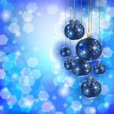 Bolas de la Navidad en el resplandor Fotografía de archivo