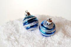 Bolas de la Navidad en fondo Fotografía de archivo libre de regalías