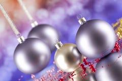 Bolas de la Navidad en fondo abstracto Fotos de archivo