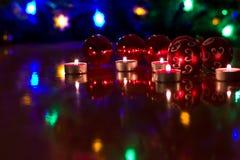 Bolas de la Navidad en la tabla Fotografía de archivo