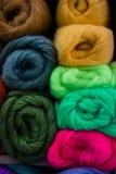Bolas de las lanas, hilado Fotografía de archivo libre de regalías