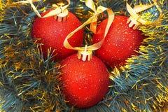 Bolas de los christmass de los rojos Imagen de archivo