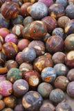 Bolas de madera decorativas Decoración tradicional para el h indio Fotografía de archivo