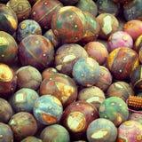 Bolas de madera decorativas Decoración tradicional para el indio Imágenes de archivo libres de regalías