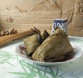 Bolas de masa hervida del arroz en el festival de Duanwu del chino Fotos de archivo libres de regalías