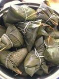 Bolas de masa hervida del arroz pegajoso Fotos de archivo